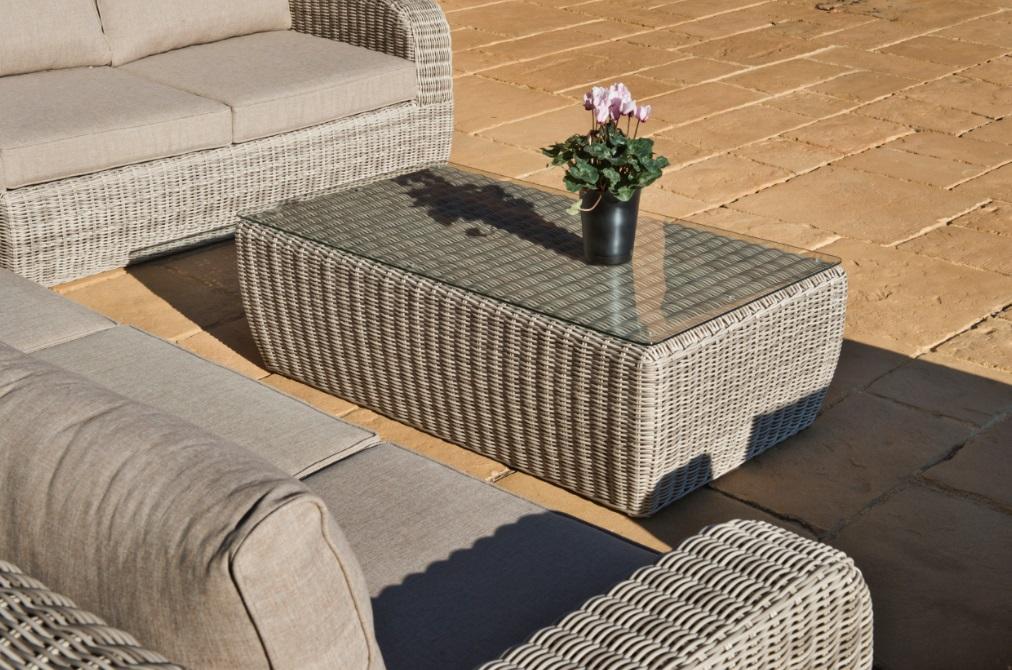 Set sofa de terraza adam ratan ashed grey cojines khaki for Set terraza