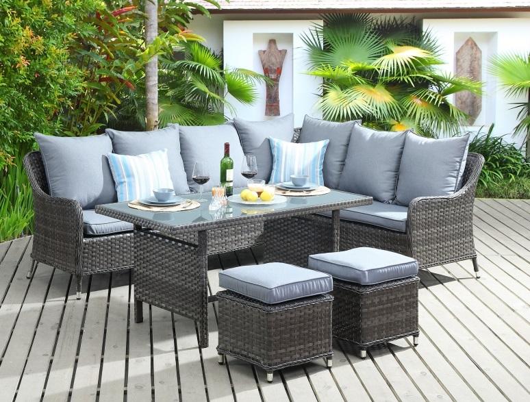 Sofa rinconera con mesa de comedor ratan fuerteventura for Conjunto sofa terraza