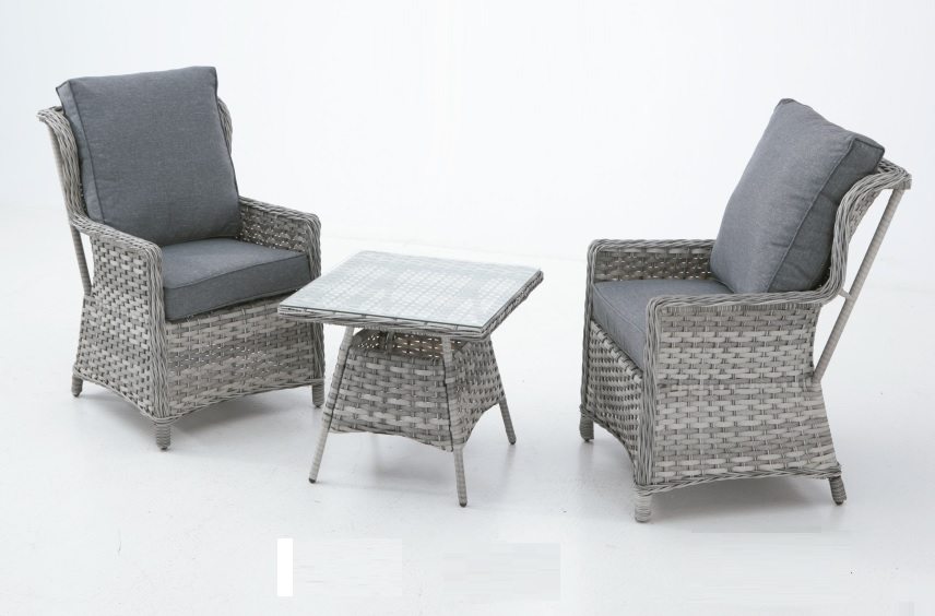 Set sillones rattan bicolor are for Sillones de ratan para jardin
