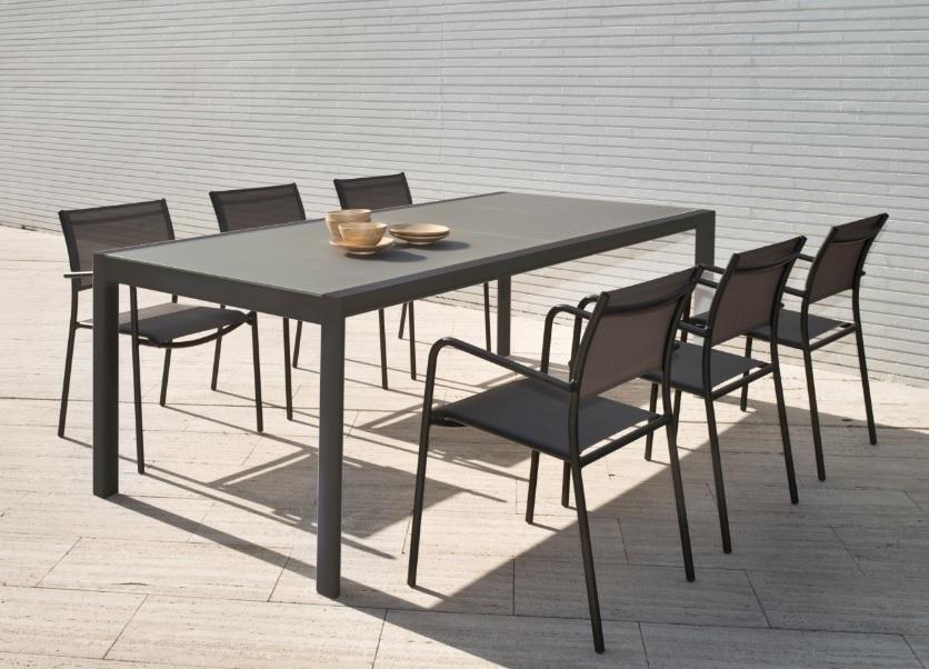 Conjunto de terraza mesa extensible themis silla polo for Conjunto mesa extensible y sillas comedor