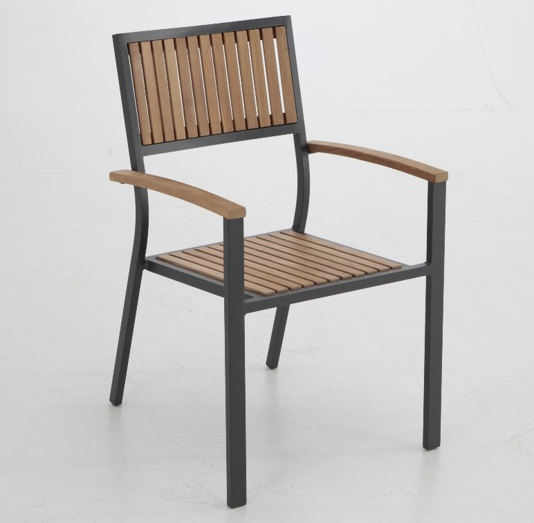 sillas aluminio y madera terraza